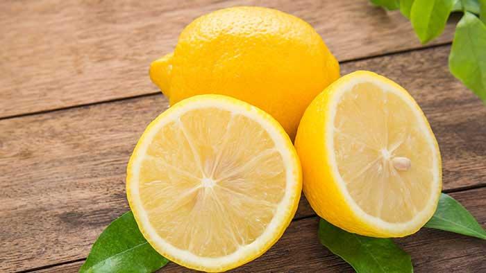درمان شوره با لیمو