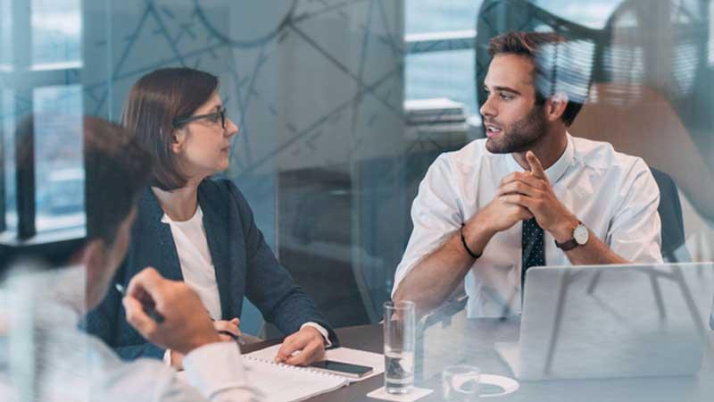 آداب شرکت در جلسات رسمی و کاری