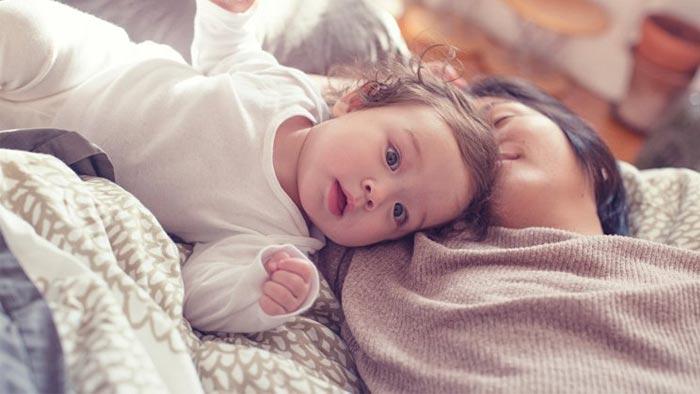 بی خوابی در نوزادان