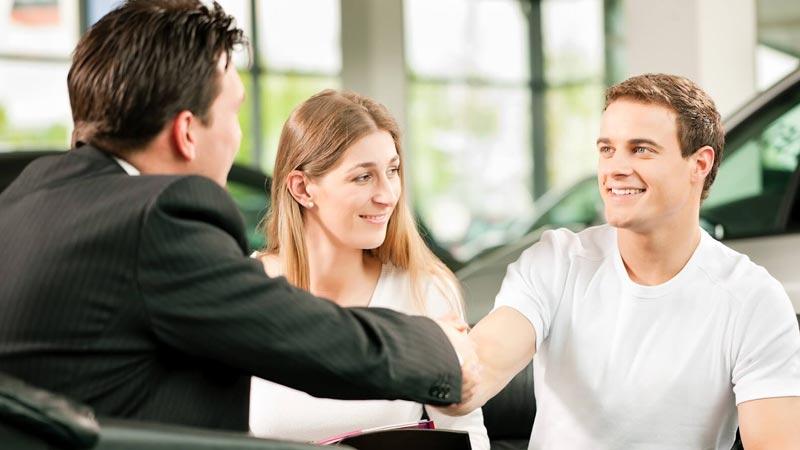 ۹ تکنیک استفاده از زبان بدن در مذاکره