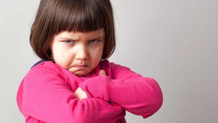 علت لجبازی کودکان