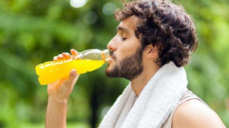 شناخت نوشیدنی های مناسب ورزشکاران قبل، بعد و در حین ورزش