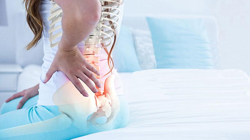 درمان درد دنبالچه با ورزش و همچنین بررسی دیگر راه های درمان، علت درد در استخوان دنبالچه