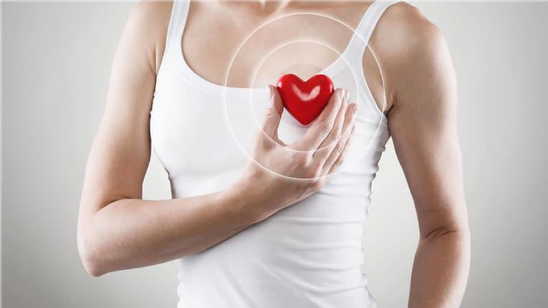 درمان افتادگی سینه با جراحی بالا کشیدن یا لیفت