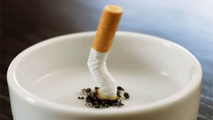 درمان پف زیر چشم با ترک سیگار