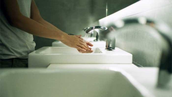 شستن مداوم دست ها برای پیشگیری از ویروس کرونا