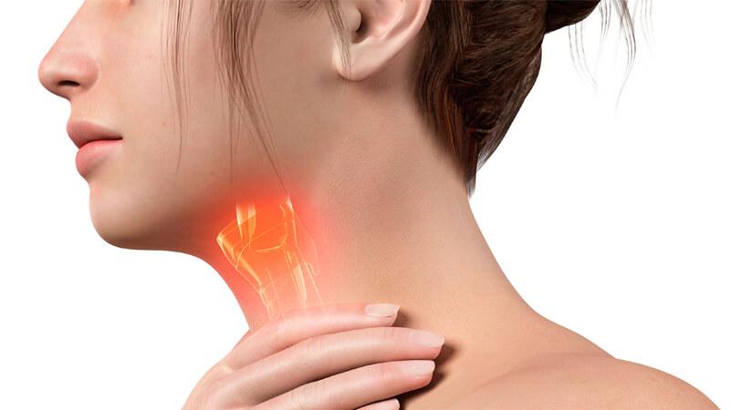 علائم سرطان حنجره و گلو ، آشنایی با علائم اولیه و هشداردهنده این بیماری