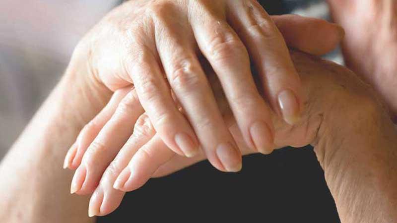 بررسی علت، علائم و روش های پیشگیری و درمان آرتروز