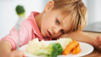 کودکان بد غذا و نحوه اصلاح عادات غذایی آنها