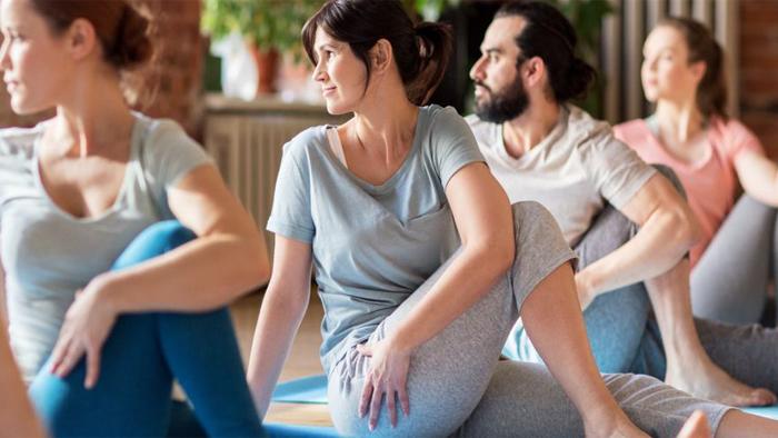 حرکت کششی برای درمان سیاتیک