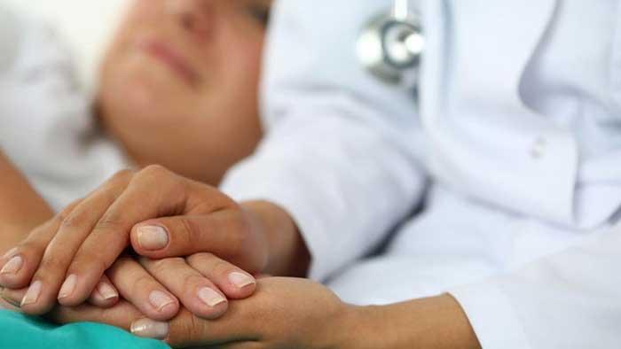 حمایت از بیماران سرطانی