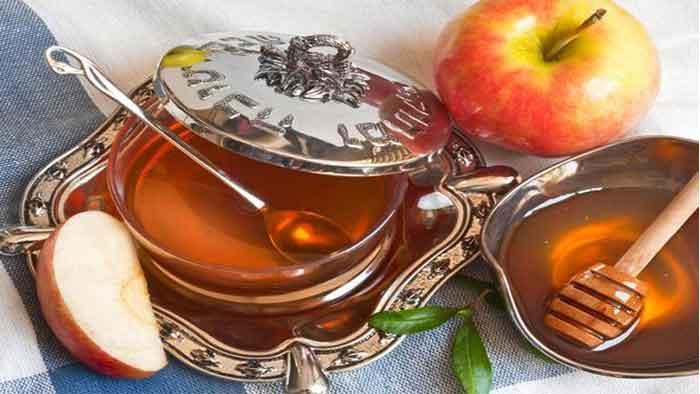 عسل برای درمان شقاق