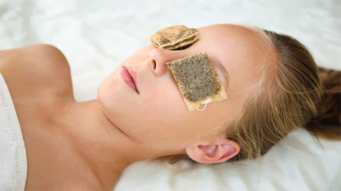 درمان عفونت چشم با چای