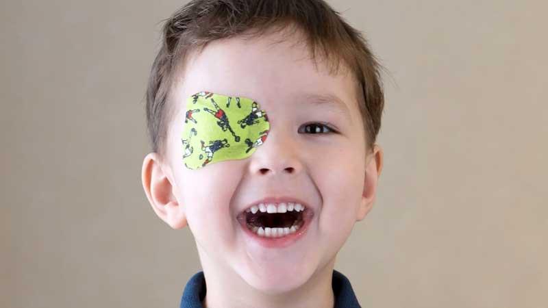 علت، علائم و روش های تشخیص تنبلی چشم