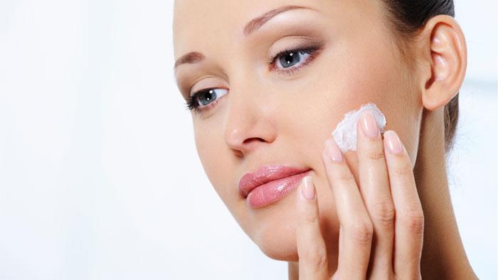 مرطوب کننده پوست