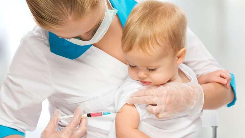 برنامه واکسن نوزادان و کودکان نوپا