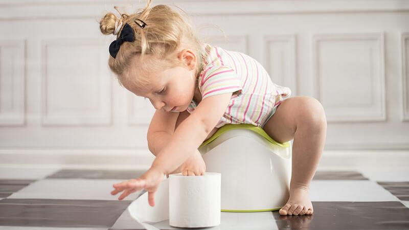 درمان اسهال کودکان با 5 نسخه خانگی و سنتی در سریع ترین زمان