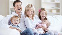تربیت کودک از تولد تا پنج سالگی، بررسی نقش روابط، بازی و دیگر عوامل موثر