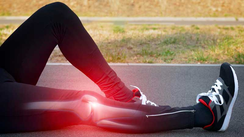 آرتروز زانو چه علائمی دارد ؟ روش های درمان و ورزش های مناسب آن چیست ؟