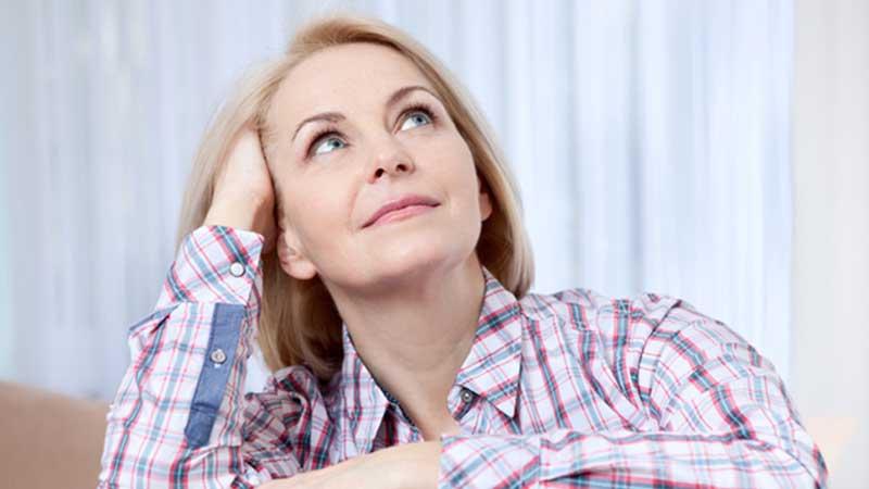 نشانه ها و علائم یائسگی زنان چیست ؟