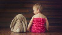 زمان نشستن نوزاد از چند ماهگی شروع می شود؟
