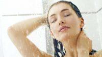 بهترین و بدترین زمان حمام کردن و عوارضی که هر روز دوش گرفتن برای شما به همراه دارد