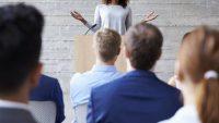 آموزش فن بیان در سخنرانی ها و کنفرانس ها با استفاده از 7 تکنیک برتر