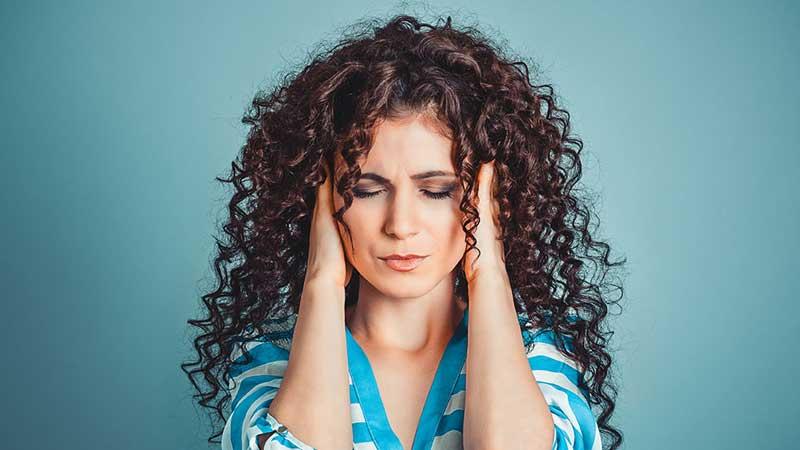 بررسی علت وزوز گوش و نحوه درمان آن